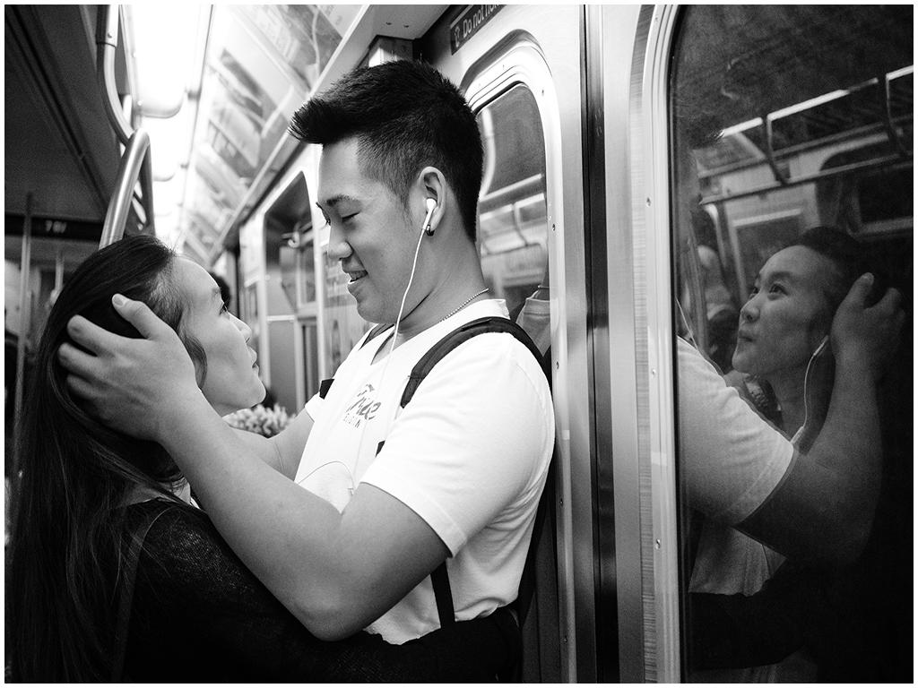 CO4~1~Advanced~Bob~Greenberg~Subway_Couple~19